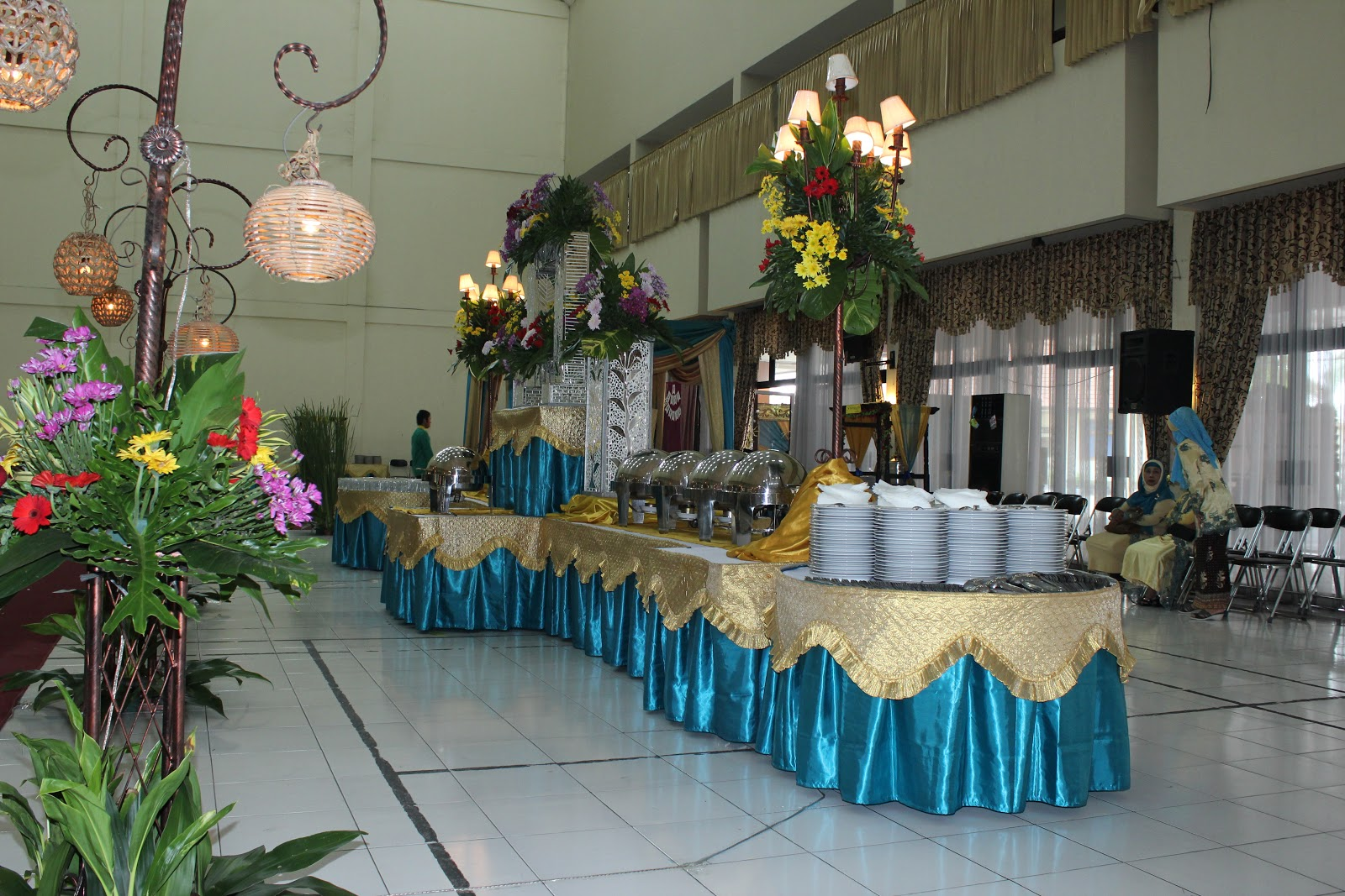 Mr and mrs aries for Dekor kamar hotel