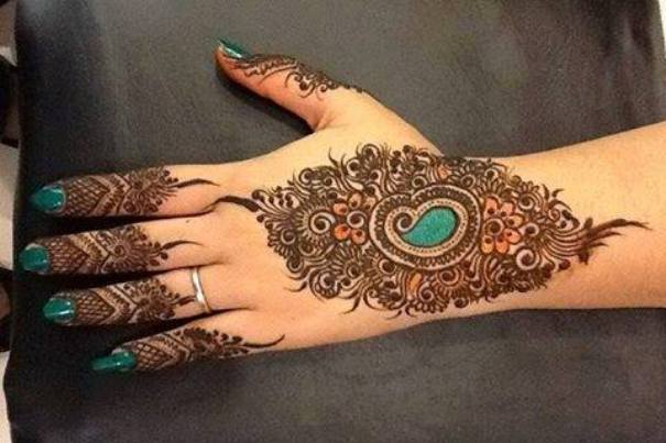 Front Hand Henna Mehndi Design : Fancy glitter henna mehndi front hands for eid special