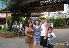 Kátia, Fernanda, Sandro e Morrison