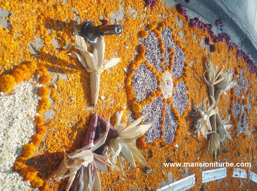 Cempasúchil flowers in the Ofredas for Day of the Dead in Pátzcuaro