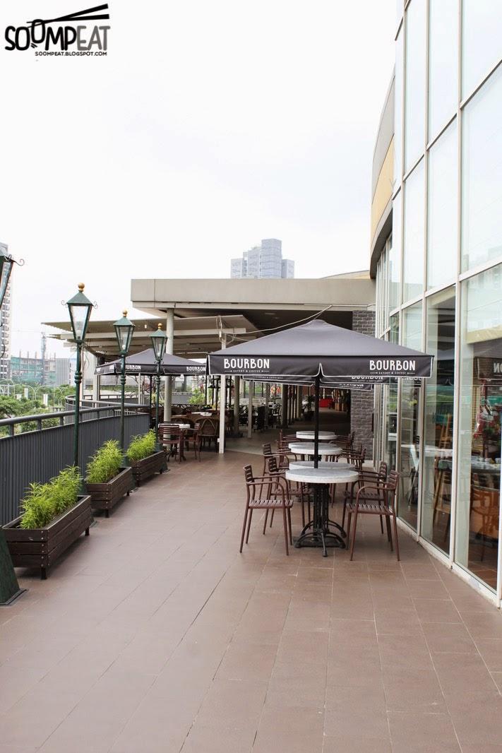 Bourbon eatery coffee mall alam sutera tangerang soompeat outdoor area altavistaventures Images