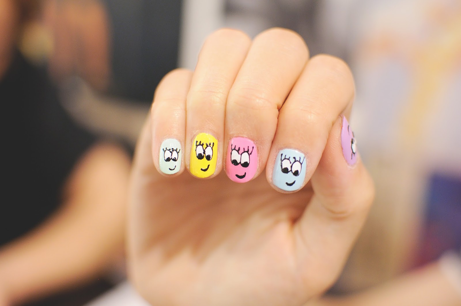 simple smiley faces nail art
