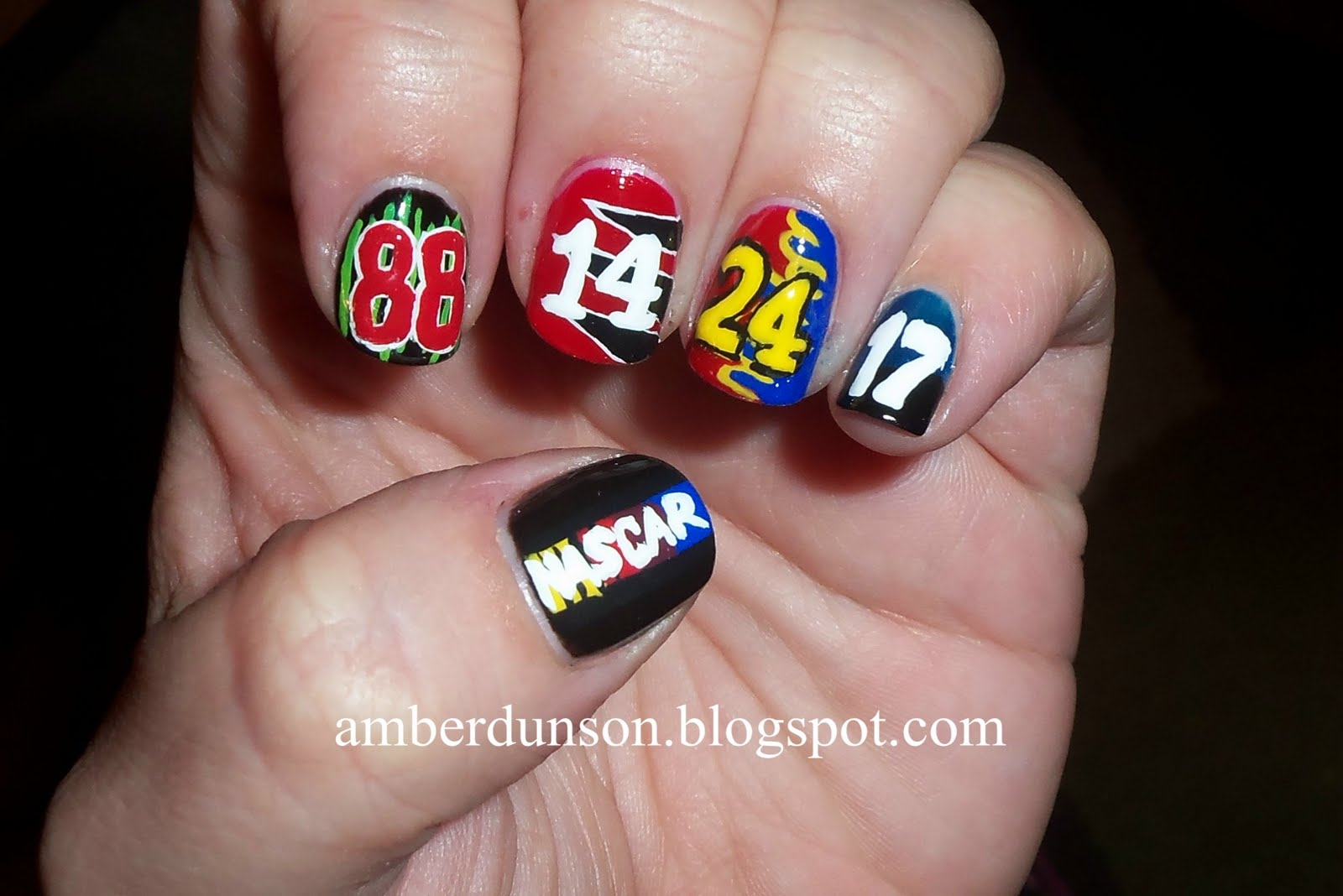 Amber did it!: Nascar Nails!