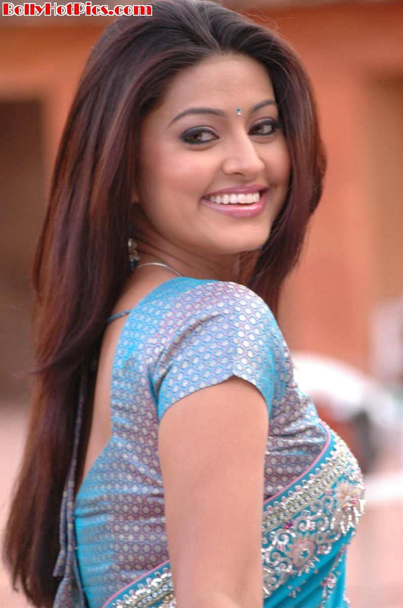 SNEHA Latest Hot Stills from Mondi Mogudu