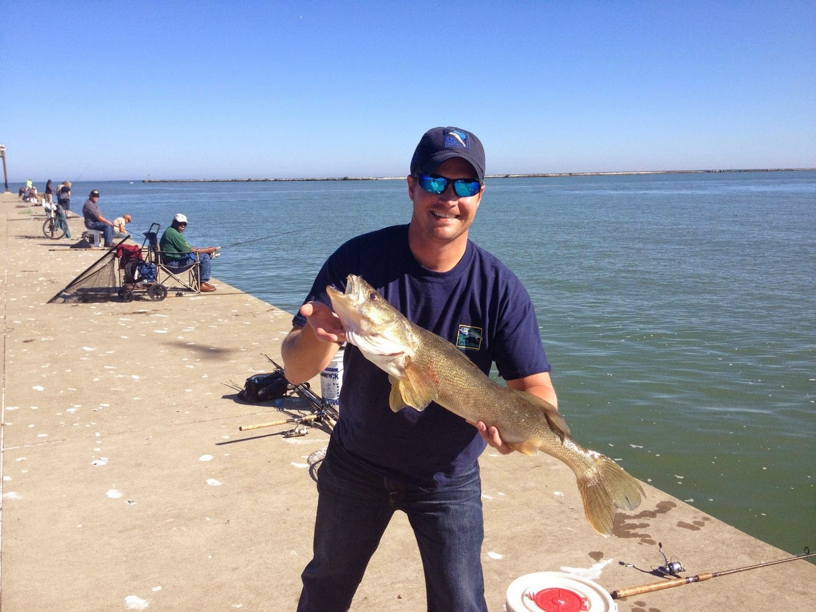 Lake metroparks fishing report still waiting for steelhead for Lake erie walleye fishing report