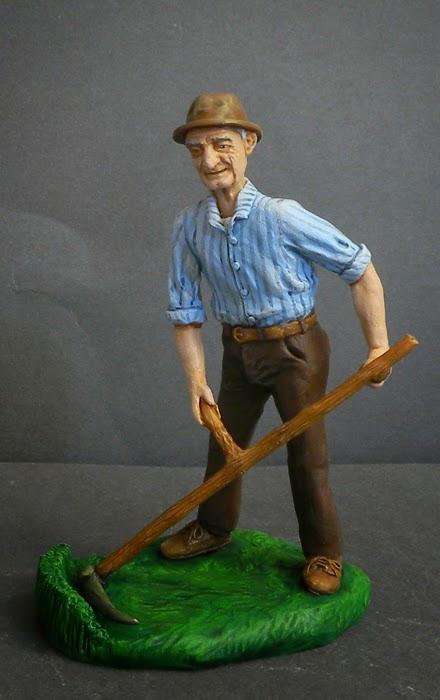 statuina presepio contadino con falce fatta a mano personalizzata orme magiche
