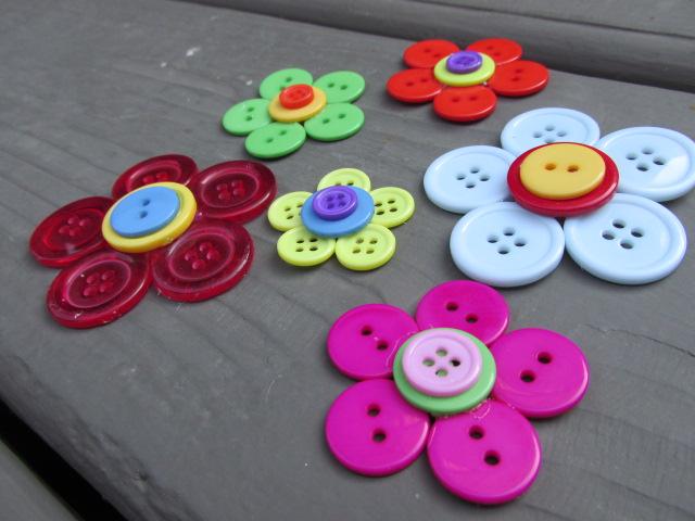 Craft Klatch R Button Flowers Tutorial