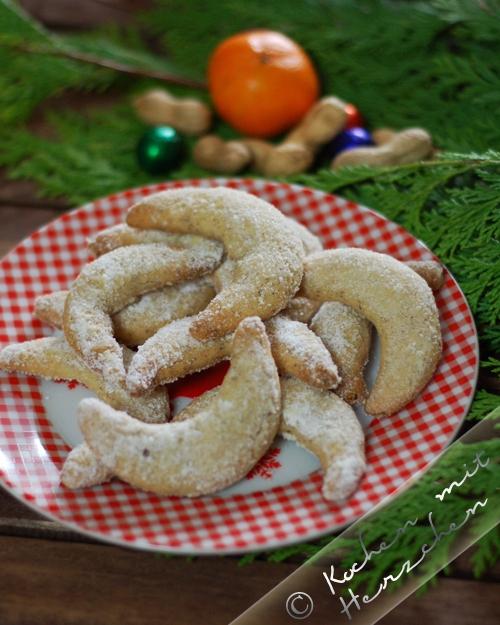 Weihnachtsbäckerei- Vanillekipferl