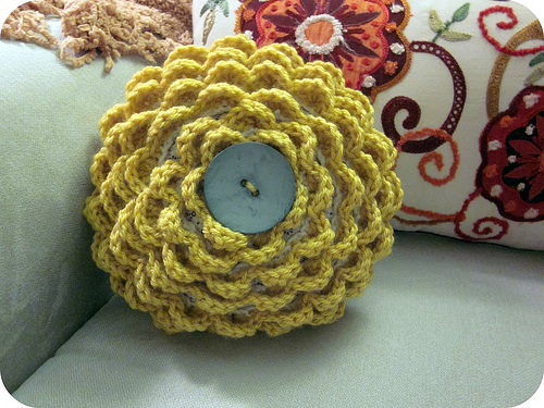 ... Knit & Crochet Patterns: Free Patterns - 36 Pillows to Knit & Crochet