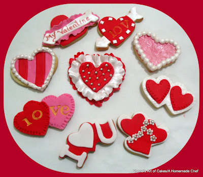 http://veenaartofcakes.blogspot.com/2013/02/decorating-valenitne-heart-cookies-and.html