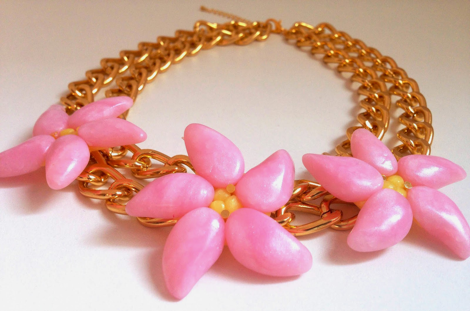 Collar flor tropical fimo