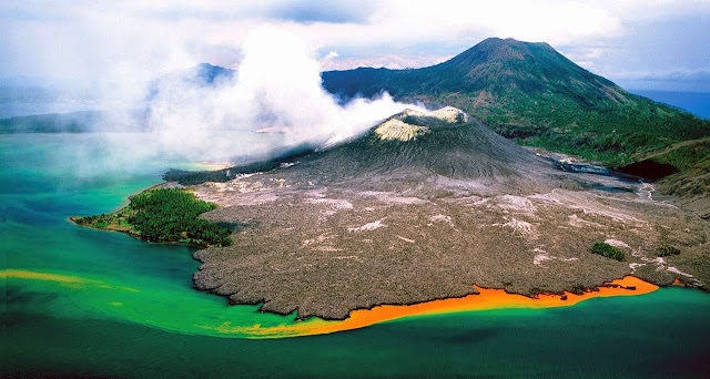 THE SPECTACULAR RABAUL VOLCANO, EAST NEW BRITAIN