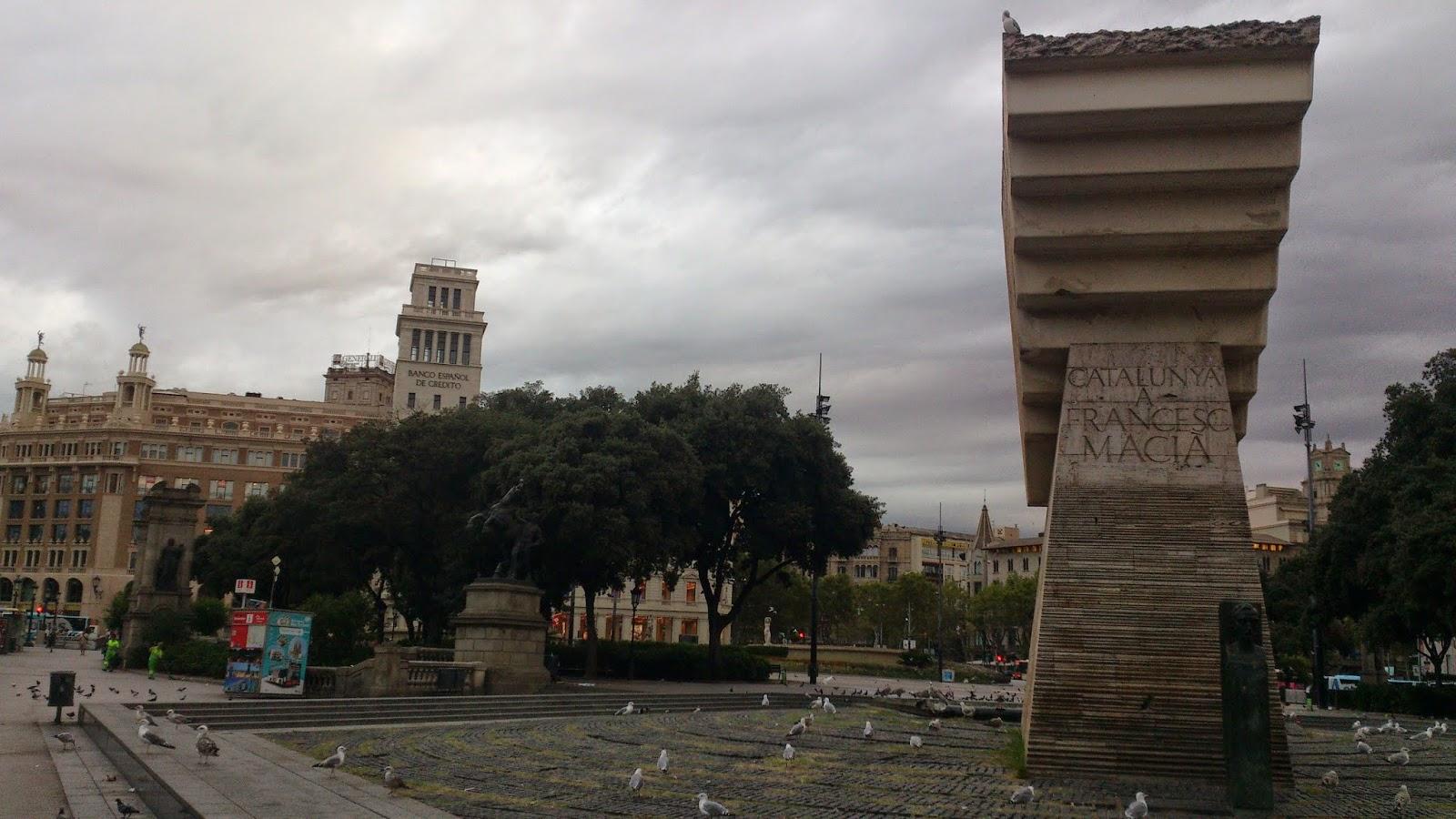 Monumento a Francesc Macià, situado en la Plaza Cataluña