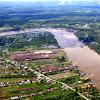 Wilayah perairan di Indonesia meliputi sungai, danau, laut dan teluk