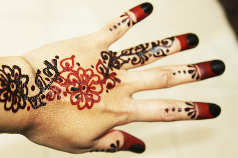 Ceritera Cinta Kehidupan Henna By Nedhenna