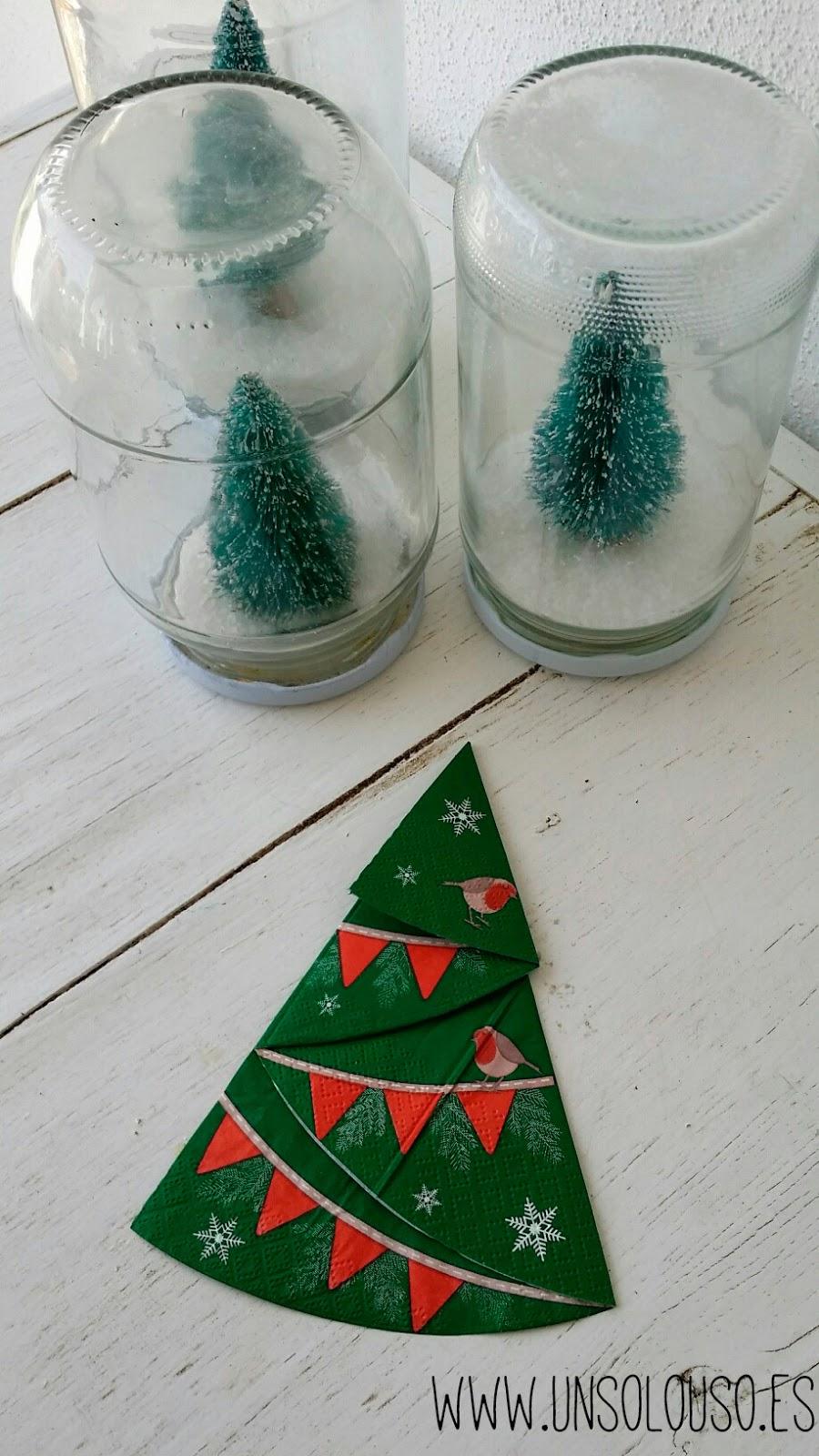 Doblado f cil y r pido de servilleta en arbolito de navidad - Doblar servilletas para navidad ...