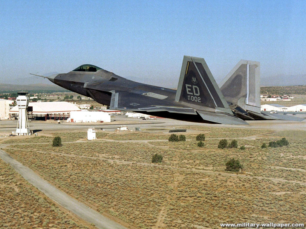 http://1.bp.blogspot.com/-q1Co0flSqV4/TiAbqWibcOI/AAAAAAAABMA/hOW40Mjxjus/s1600/F-22+Raptor+Military+Jet+Fighter+Wallpaper+3.jpg