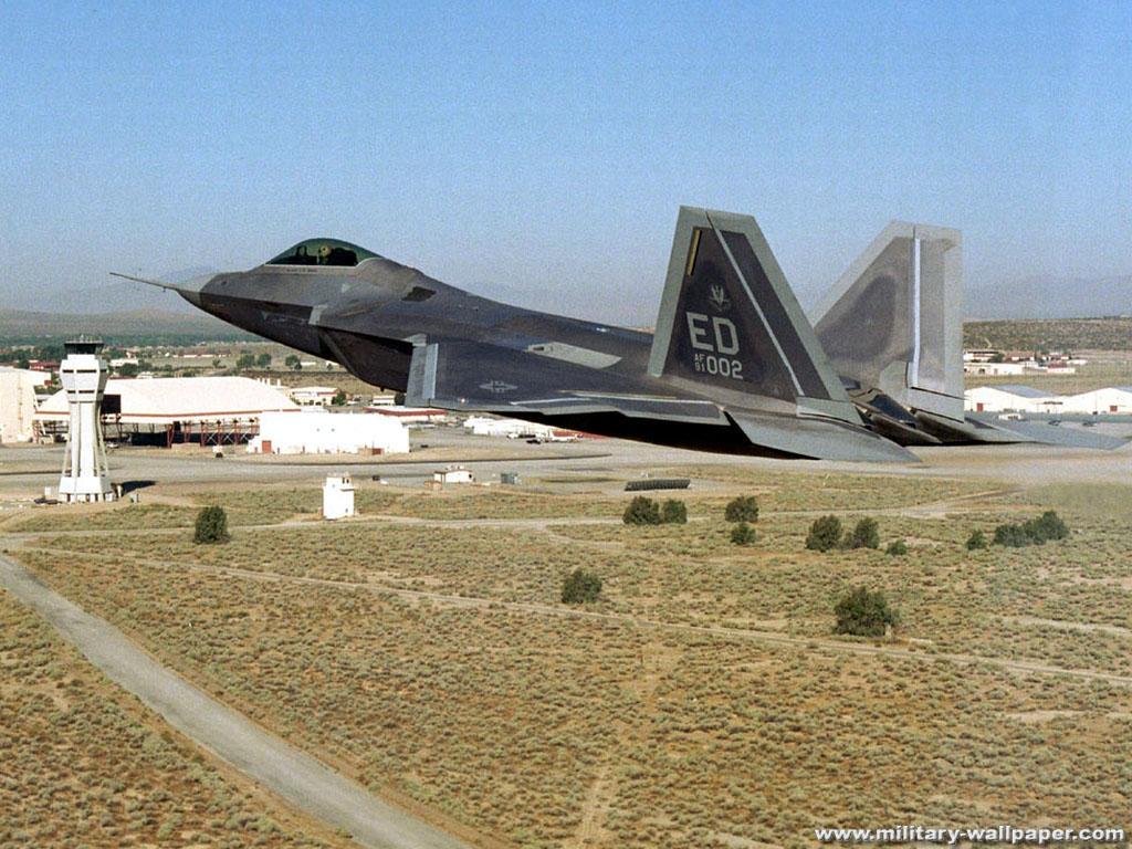 http://1.bp.blogspot.com/-q1Co0flSqV4/TiAbqWibcOI/AAAAAAAABMA/hOW40Mjxjus/s1600/F-22+Raptor+Military+Jet+Fighter+Wallpaper+3.jpg