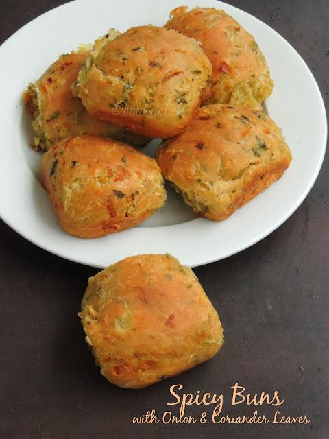 SPicy buns, Khara buns, Onion & coriander leaves buns