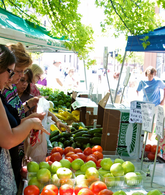 Andy T's Farm, fresh fruits and vegetables. Michigan Farmers Market at the Capitol 2013. Tammy Sue Allen Photography.