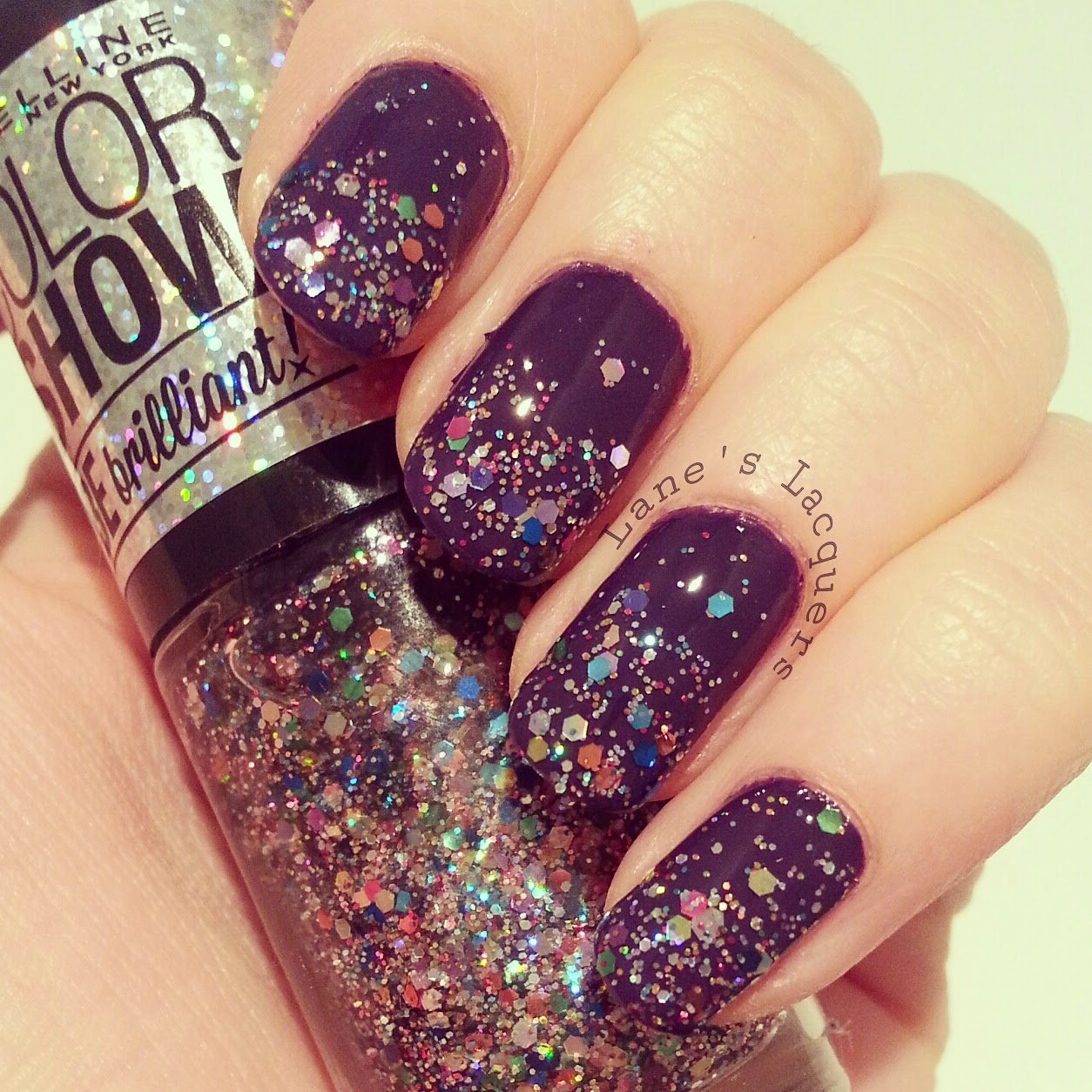 maybelline-colorshow-be-brilliant-light-it-up-swatch-nails (2)