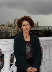 Ana R. Cañil - Autora