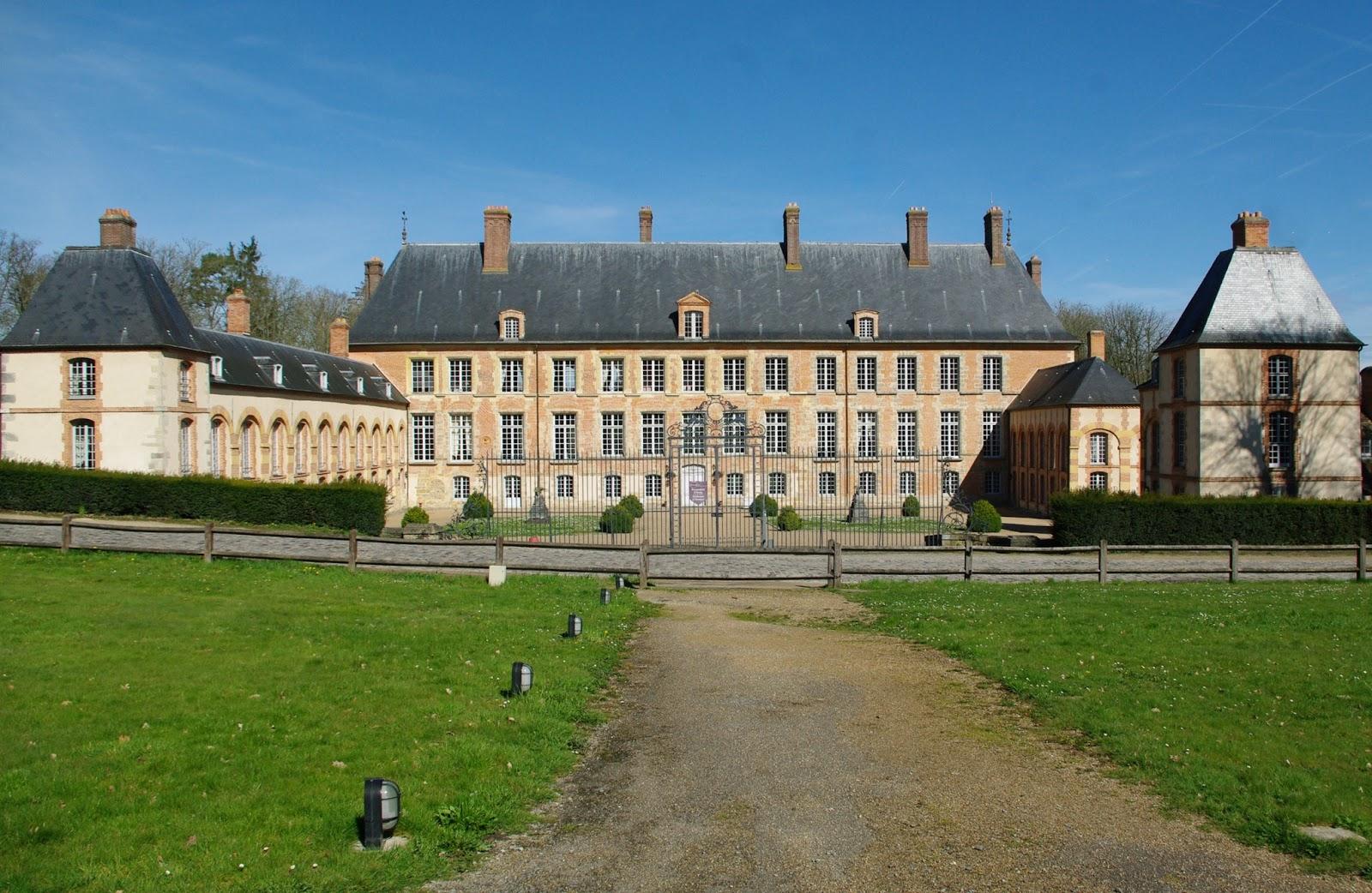Charmes m connus du hurepoix ch teau et glise des for Chateau des yvelines