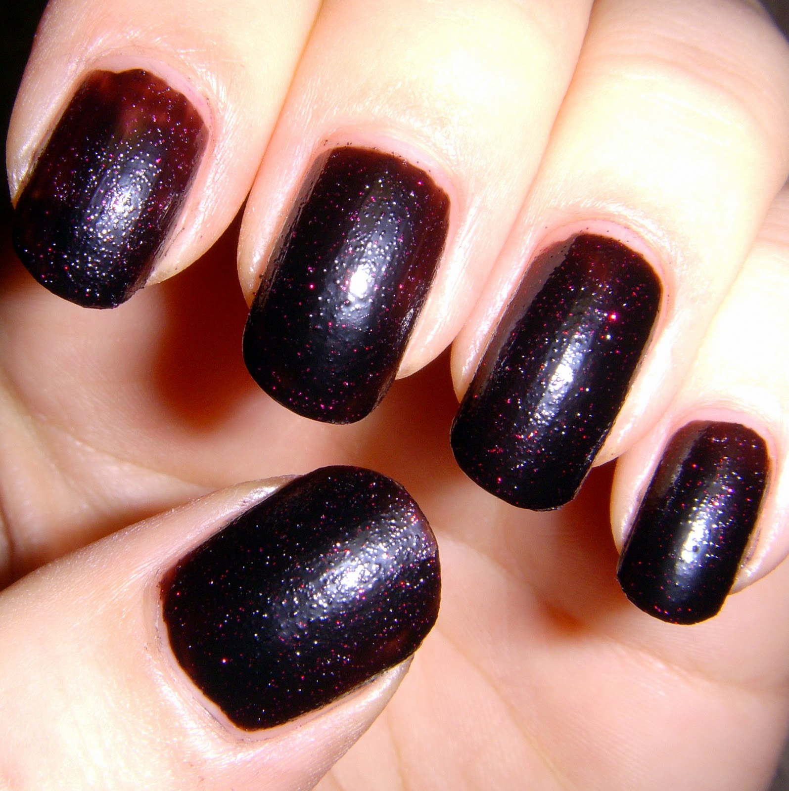 Quixii\'s Nails: Swatch Post: Disney - Evil Queen