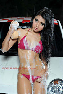 Dewi Arebiga Model Popular World BFN, Juni 2013