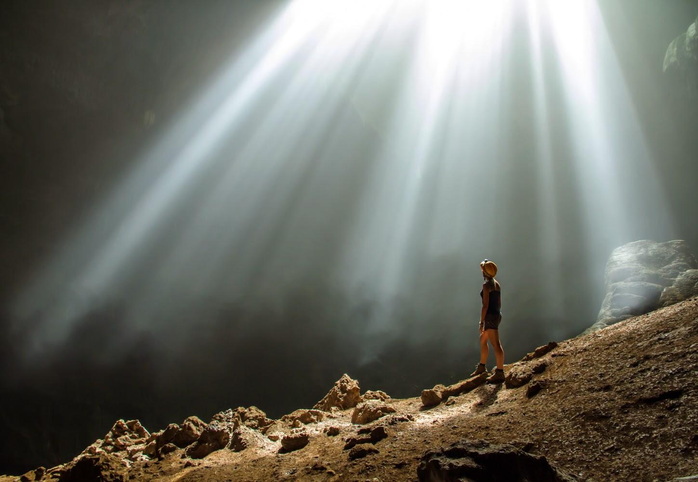 Menemui Cahaya Surga Di Gua Jomlang