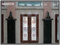 pintu kaca patri masjid