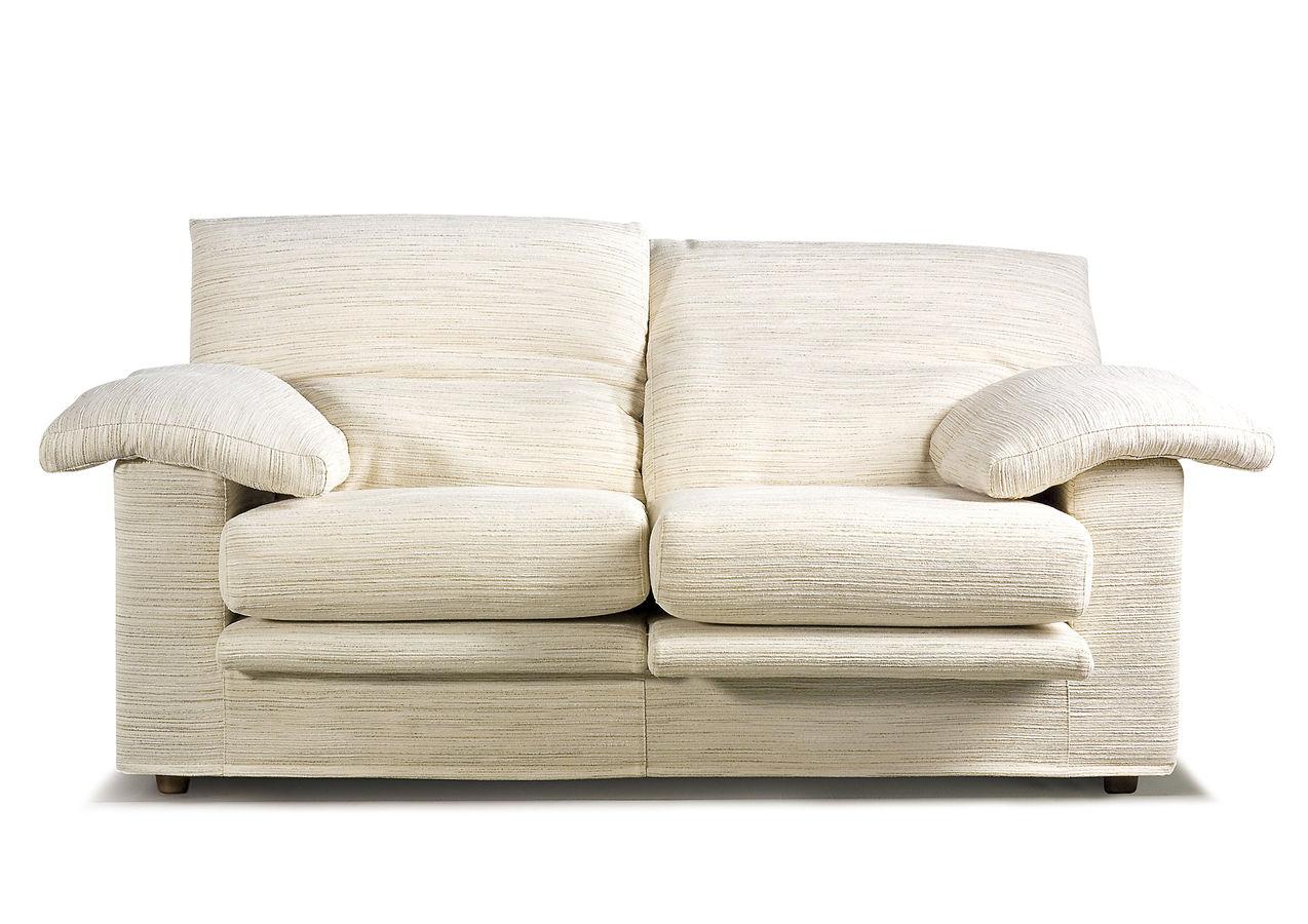 Te ha ca do una copa encima del sof mientras com as - Como limpiar tapiceria sofa ...