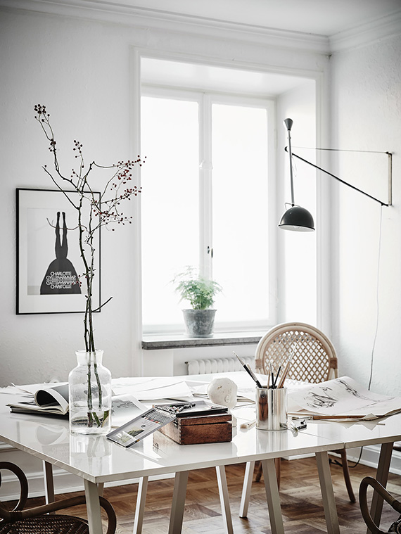 Eclectic scandinavian apartment | Photo by Anders Bergstedt via Entrance
