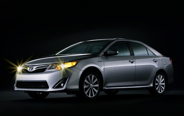 2016 Toyota Camry XLE V6 Price