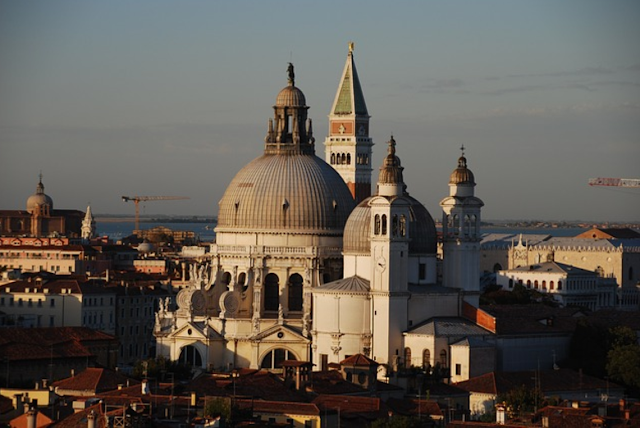spectacular view of beautiful buildings venice italy