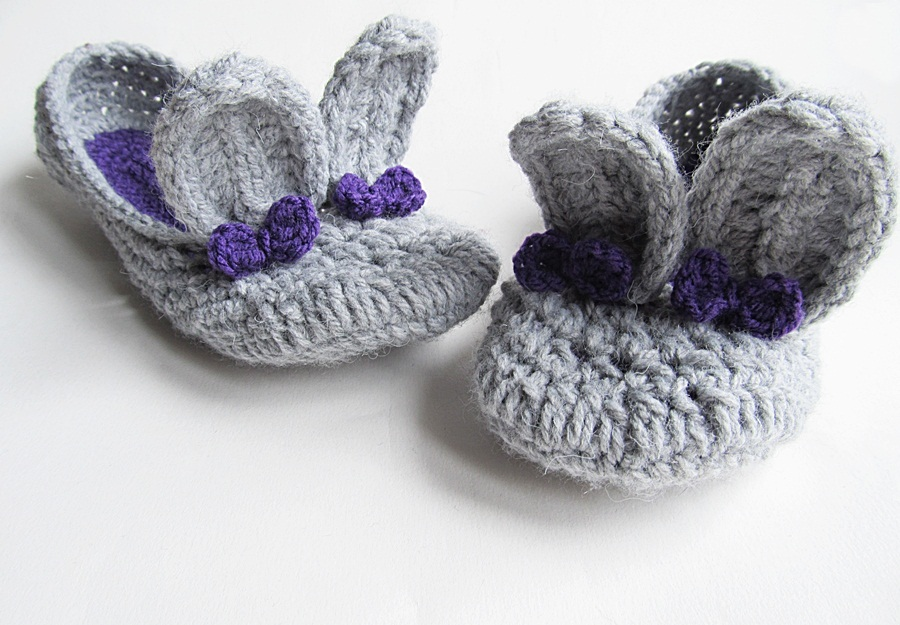 Free Crochet Pattern For Bunny Slippers : {Bunny Slippers} - Little Things Blogged