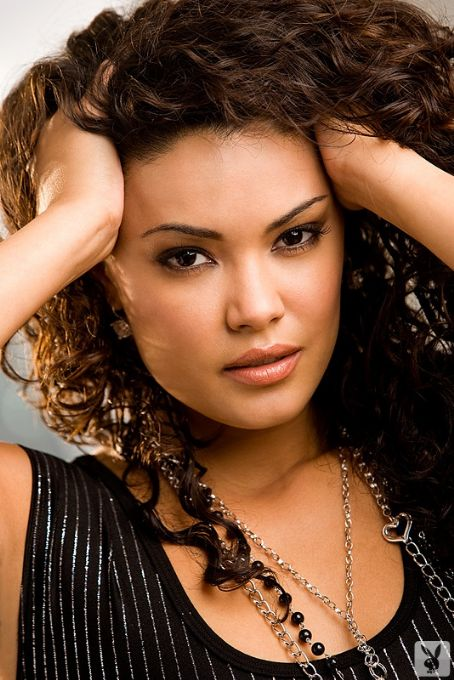 Christina Santiago Net Worth