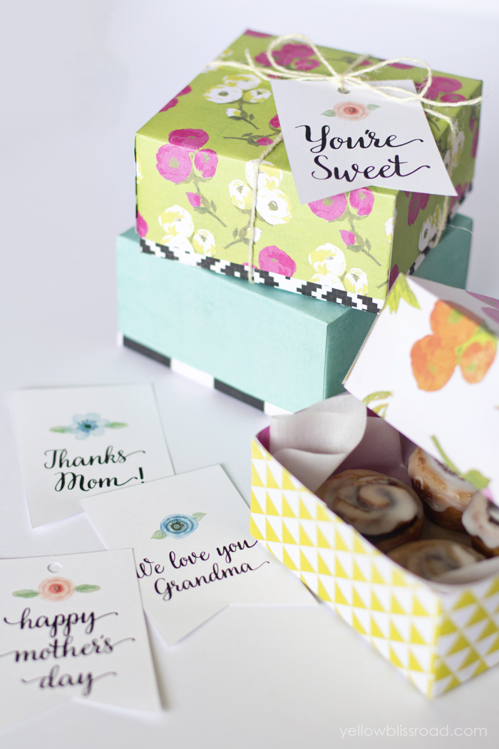 http://1.bp.blogspot.com/-q3AdmyRkPt0/VT_oBzwvJ5I/AAAAAAAAXPg/LAxZ28sHZr4/s1600/md%2BSweet-Treat-DIY-boxes-and-Printable-Tags.jpg