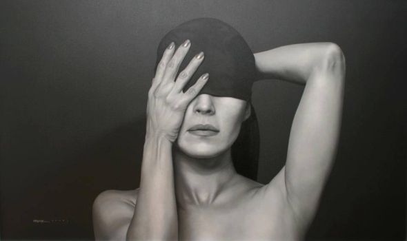 Juan Carlos Manjarrez hyper-realistic paintings portraits black and white Blindness