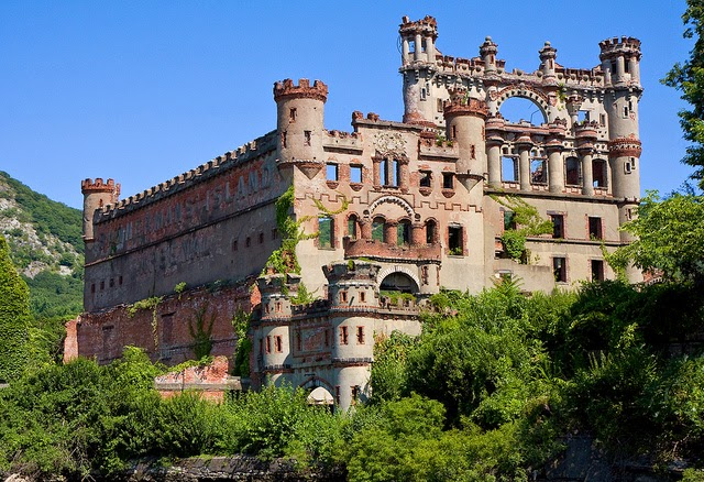 Abandoned And Creepy Places Bannerman Castle Pollepel