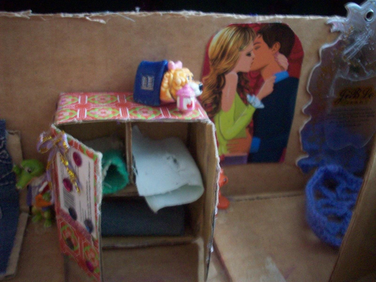 Домики для кукол своими руками из коробки фото