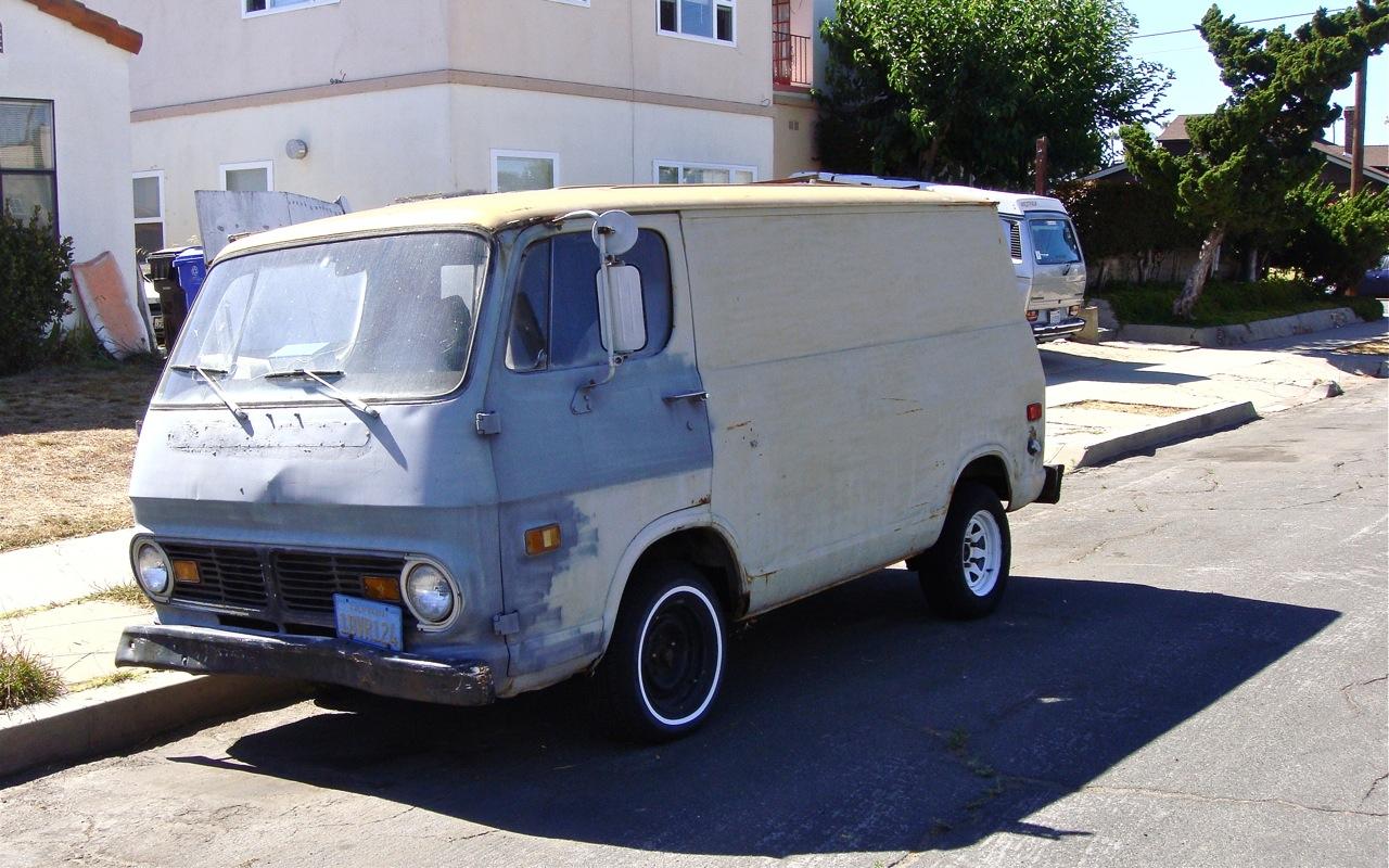 the street peep 1969 chevrolet van 90. Black Bedroom Furniture Sets. Home Design Ideas