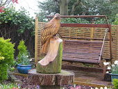 bird of prey scuplture