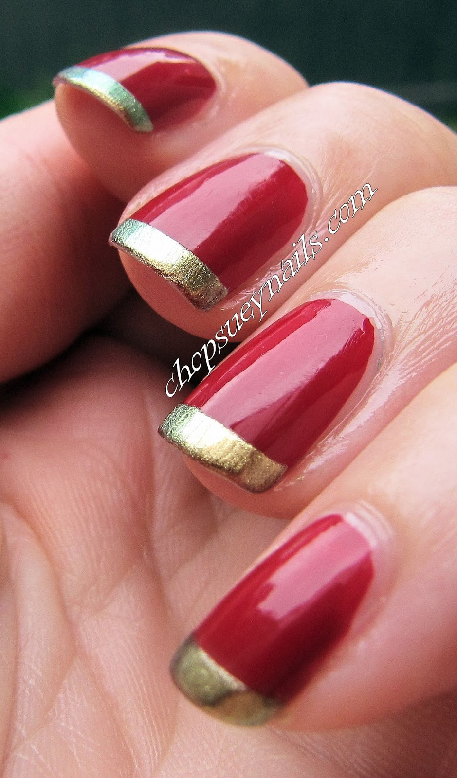 Christmas nail designs red and gold 2017 2018 best for Red with gold