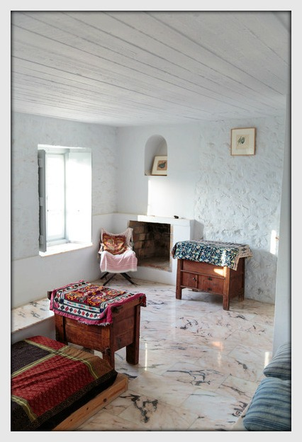 Interplay Of Patterns Add Interest In The Home. The Textiles Are Sourced By  Mirabelle On Her Annual Trips To India.