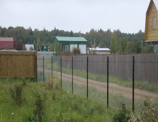 Забор из сетки-рабицы. Фото 3