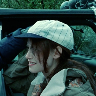 Bella Swan in cap