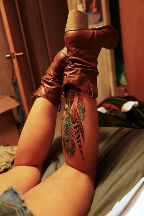 le blog de pierre le tatouage indien avec des plumes. Black Bedroom Furniture Sets. Home Design Ideas