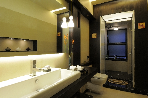 Bathroom by Ar. Parag Pandya - Emran Haashmi's home
