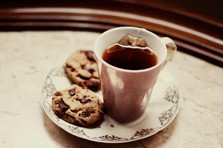 http://img05.deviantart.net/56da/i/2012/056/8/7/cookies_and_tea_ii_by_lyrawhite-d4qxmhm.jpg